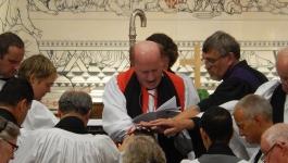 Ordination_RevIanHorner_KilmoreCathedral_7thSept2014_LayingOnOfHands
